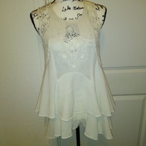 Free People laced top!